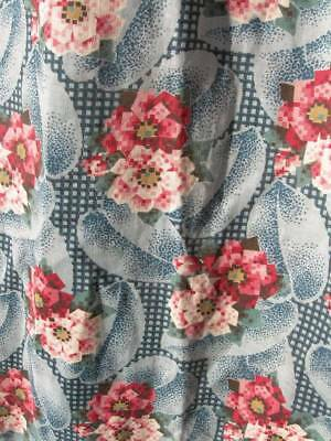 Original 1920s vintage French Art Deco printed cotton fabric - roses