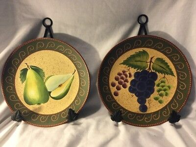"""2 Home Interiors Decorative Fruit Plates & Hangers-Grapes and Pears 8.25"""""""