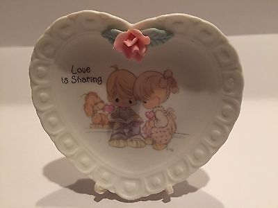 Precious Moments Enesco Miniature Porcelain Plate Love Is Sharing W/Easel Mint