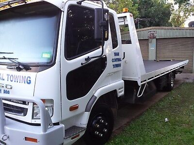 Mitsubishi Fuso Fighter Tilt Tray Tow Truck