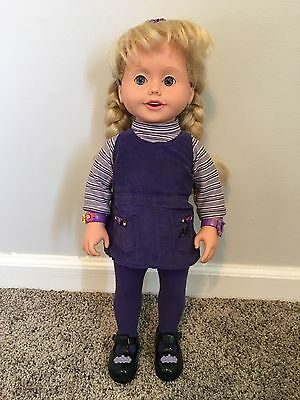 Vintage Playmates 1999 Amazing Ally Talking Interactive Doll With Tea Party Ware