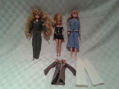 Barbie Doll Lot - Vintage Skipper has neck damage