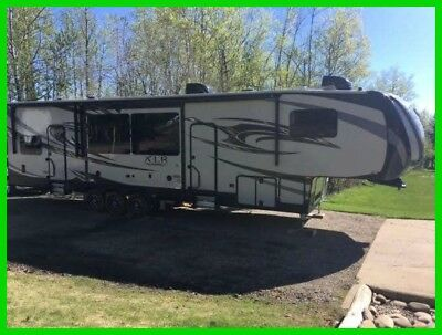 2015 Forest River Thunderbolt XLR 43' Fifth Wheel Toy Hauler 3 Slides Generator