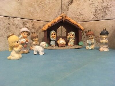 Precious Moments 10 Piece Nativity Set
