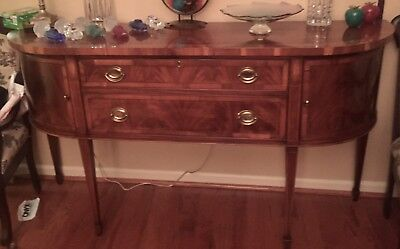 Vintage Hekman Buffet, Dining Table And Six Chairs