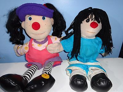 """Big COMFY Couch LOONETTE & MOLLY dolls 22"""" 18"""""""