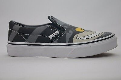 d02fd3cc15 Disney Cheshire Cat Vans Youth Size 1-3 New in Box 4000143143 Black White