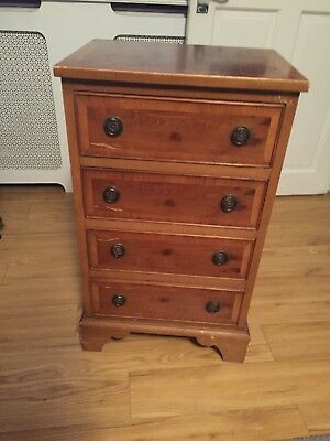 Small 4 drawer walnut veneer chest of drawers for Small bedside chest of drawers