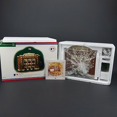 Boston Red Sox Dept. 56 Fenway Park Christmas in the CITY # 56.58932 w/box
