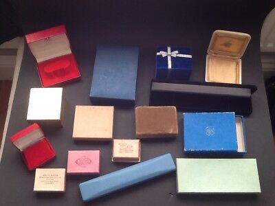 VINTAGE JEWELLERY BOXES x 15 - MIXED LOT.