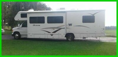 2006 Winnebago Outlook 31C 31' Class C Motorhome Gasoline Slide Out Patio Awning