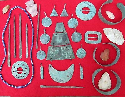 JUNK DRAWER (d) MOUNTAIN MAN RENDEZVOUS BEADS AND COPPER TRADE ITEMS ARROWHEADS
