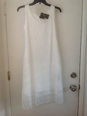 RONNI NICOLE Womans Small White Lace With Lining And Fringe Hem Dress NWT