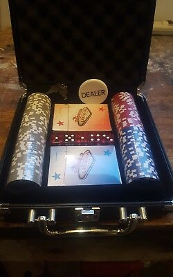 Poker Chip Set 100 Clay Cards Hard Case and Dice
