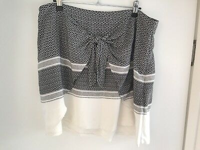 Witchery Women's Summer Patterned Skirt Size 14 As New!