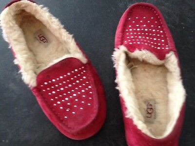 Ugg Slippers Size 8 Wine Leather Rubber Sole  And  Rhinestone On Toe