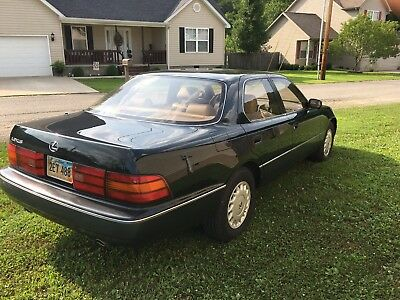 1990 Lexus LS 400 1990 Lexus LS 400 - Excellent condition - Classic Car - Low Mileage