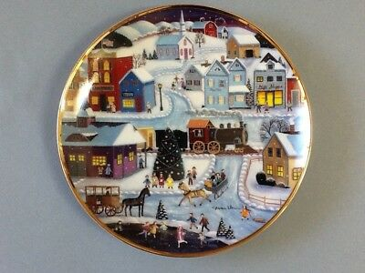 Franklin Mint Collector Plate 'Hometown Christmas' by Steven Klein #F1575 no COA