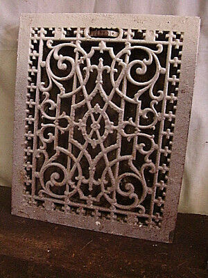 ANTIQUE LATE 1800'S CAST IRON HEATING GRATE UNIQUE ORNATE DESIGN 16.75 X 13.75 d