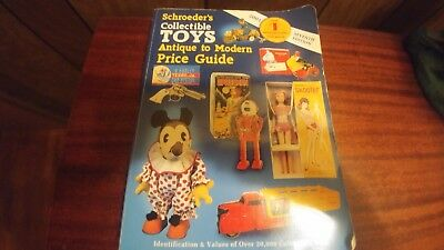 Schroeder's Collectible Toys Antique to Modern Price Guide 2001-7th Edition