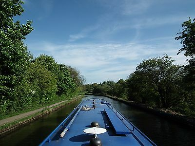 Luxury Canal Narrowboat Holidays in Leeds, 4 Berths, Easy to Handle 45ft Boat