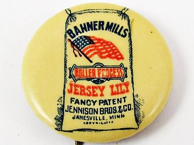 """Antique Banner Mills Jersey Lily Flour Celluloid Advertising 7/8"""" Pin Button"""