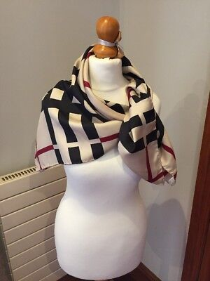 ladies Burberry Large silk scarf Classic Burberry Large Check VGC