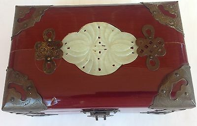 Antique Chinese jewellery wood box with  Carving  Flowers Jade