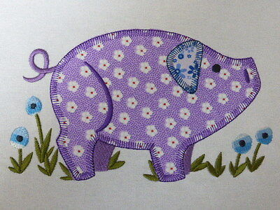 Funky Farmyard Pig ~ Embroidered Applique Quilt Block/Panel