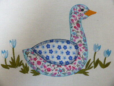 Funky Farmyard Goose ~ Embroidered Applique Quilt Block/Panel