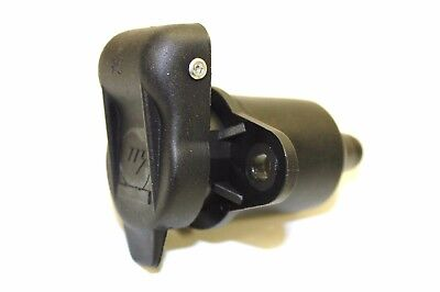 3 Pin Non Reversable 3 Pin Trailer Socket With Cover For D Plugs