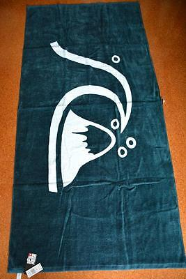 NEW Blue & White Quiksilver Surf. Large Velour BEACH TOWEL. LARGE. rrp $49.99