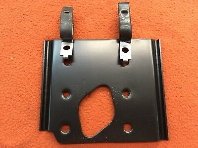 1970 71 Cuda Challenger Aar T/a Manual Brake Booster Mounting Plate And Retainer