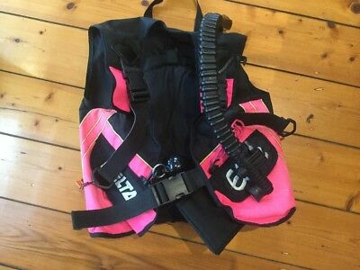 Delta Elite BCD (Buoyancy Compensator) Ladies S