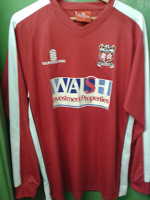 Prestatyn Town Welsh Premier League 2011/12 red/white home shirt Large Mens