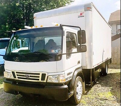 Ford 2008 LCF 550 Regular Cab DRW 2WD Box Truck with power Lift Gate
