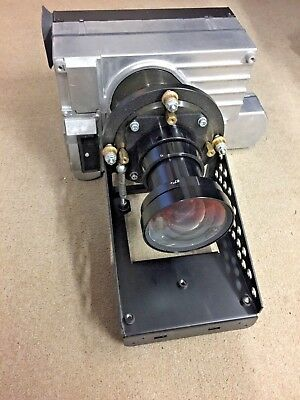 barco overview D2 pU SXGA+2DVI PROJECTOR WITH LENS