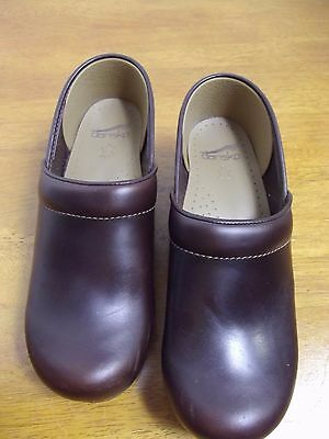 NEW Dansko Professional Oiled Full Grain Leather Espresso Clog Size 39 8.5 Shoes