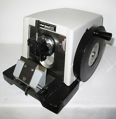 Reichert 820H HistoSTAT Microtome, Disposable Blade Holder & Quick Release Clamp