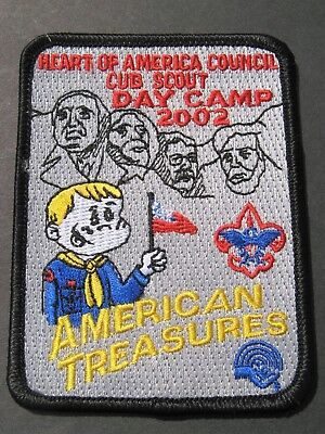 Boy Scouts Of America Bsa Cub Scout Day Camp 2002 Embroidered Patch Wolf Cubs