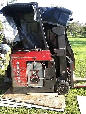 Raymond Electric Forklift 1350 hours