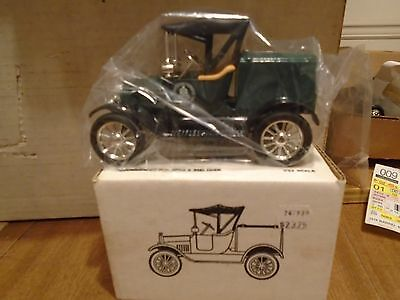 Bell Telephone Ford 1918  Runabout Car Diecast ERTL Truck  Bank  Stock# 9800