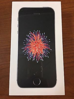 New Apple iPhone SE - 32GB - Space Grey (Telus Mobility) Smartphone