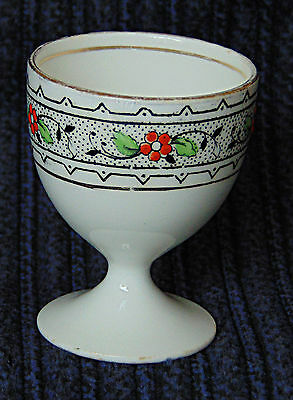Egg Cup - Gladstone cup with a Lacy Black border - 0530