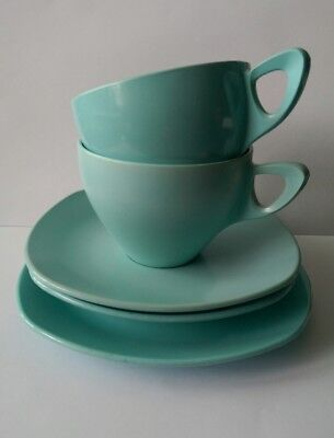 vintage midwinter modern melamine  picnic camper cups saucers and plate