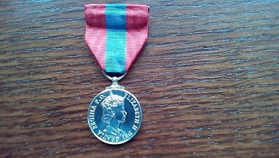 Qeii  Imperial Service Medal