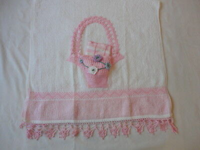 Vintage 1960's Bath Towel With Hand Crochet Trim & Basket W/ Wash Cloth Unused
