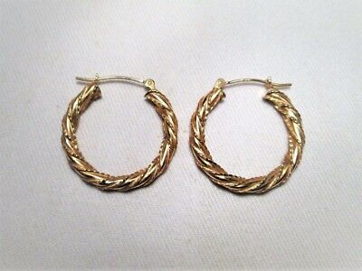 14K Hollow Yellow Gold Ladies Hoop Earrings EM1017