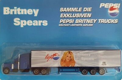 Pepsi light - Britney Spears / truck, US Peterbilt 378 + trailer, Scale HO/1:87
