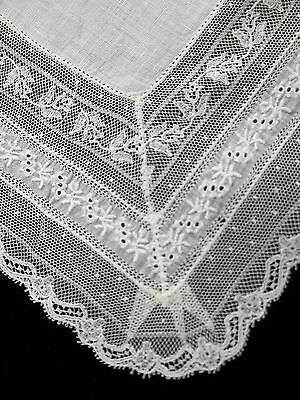 Vintage Wide Lace Edge Handkerchief Wedding Hankie White Bridal Hanky 208